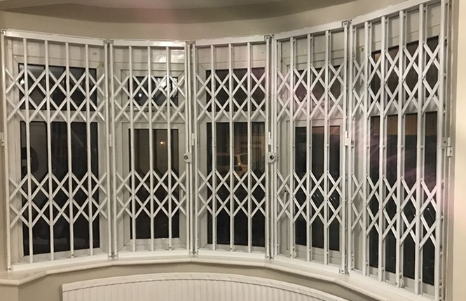 RSG1000 retractable grilles securing family house in North London.