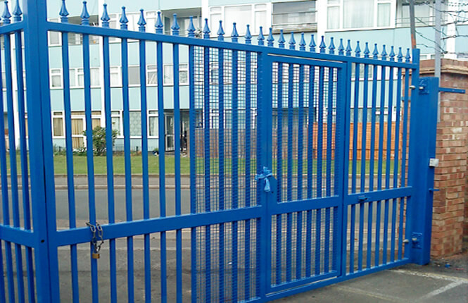 RSG3200 industrial security gate in Wimbledon.