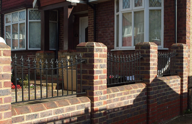 RSG4200 decorative railings on house in Hammersmith.