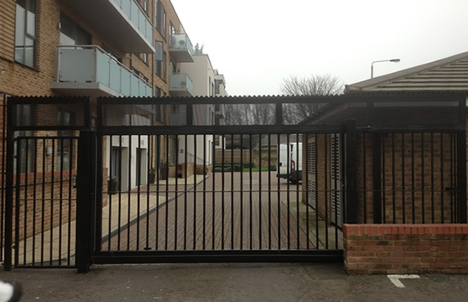 RSG3400 cantilever gates on commercial and retail complex in Islington.